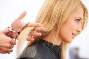Три привычки, которые разрушают твои волосы