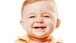 Почему портятся молочные зубы у детей