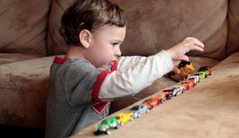В чем причина аутизма? Проявления аутизма у детей
