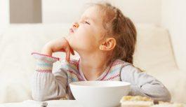 Почему ребенок отказывается кушать?