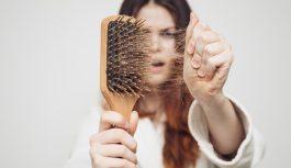 8 причин, по которым выпадают волосы