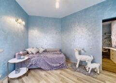 Особая окраска стен с помощью декоративных материалов